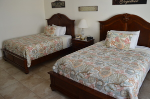 OCEAN VIEW NORTH STUDIO - w/ Two Queen Beds Picture 3